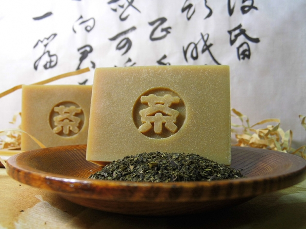 自然農法 ‧ 台灣烏龍茶皂 1